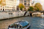 Batobus Tour Eiffel